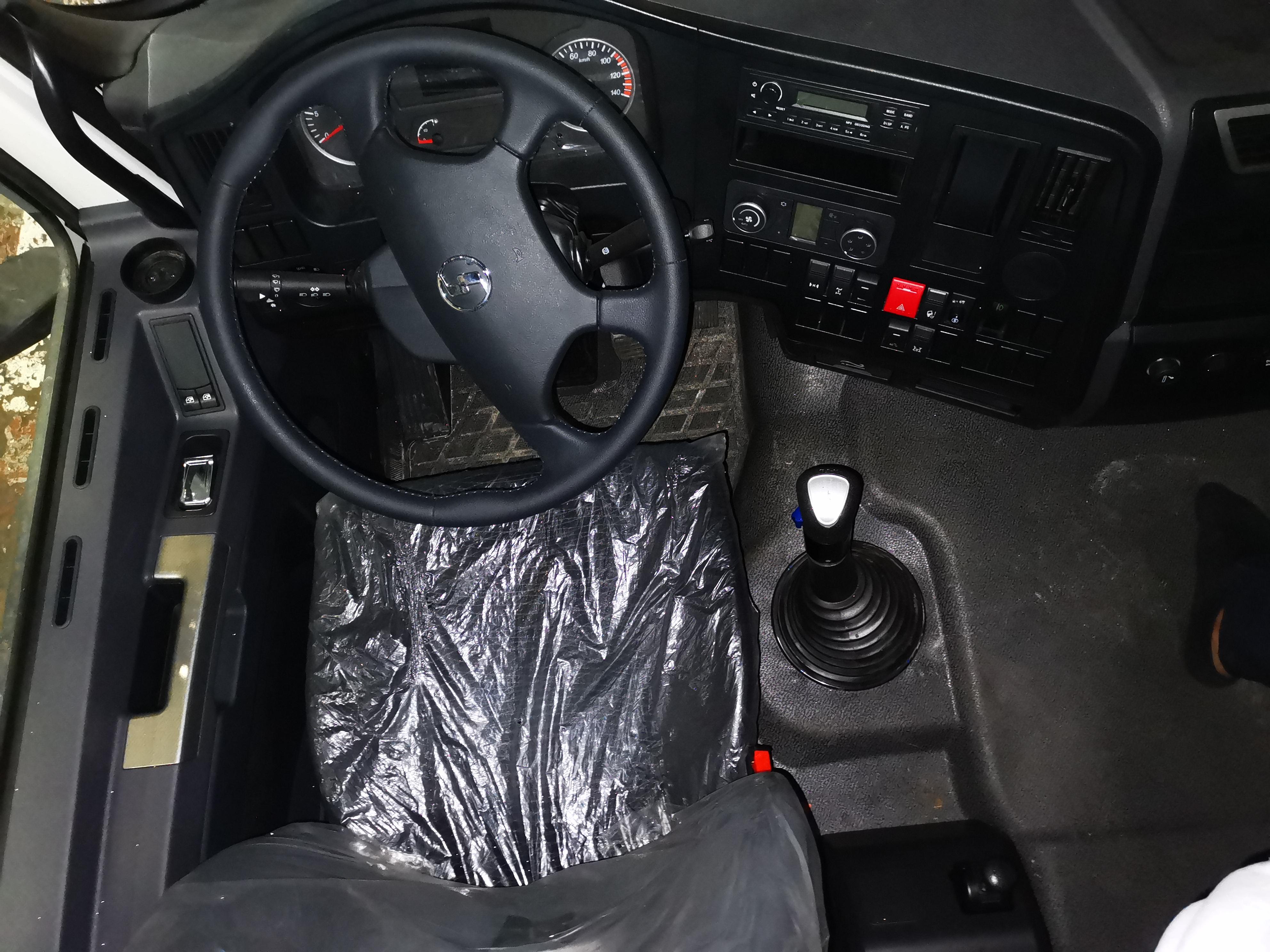TH Interior 1